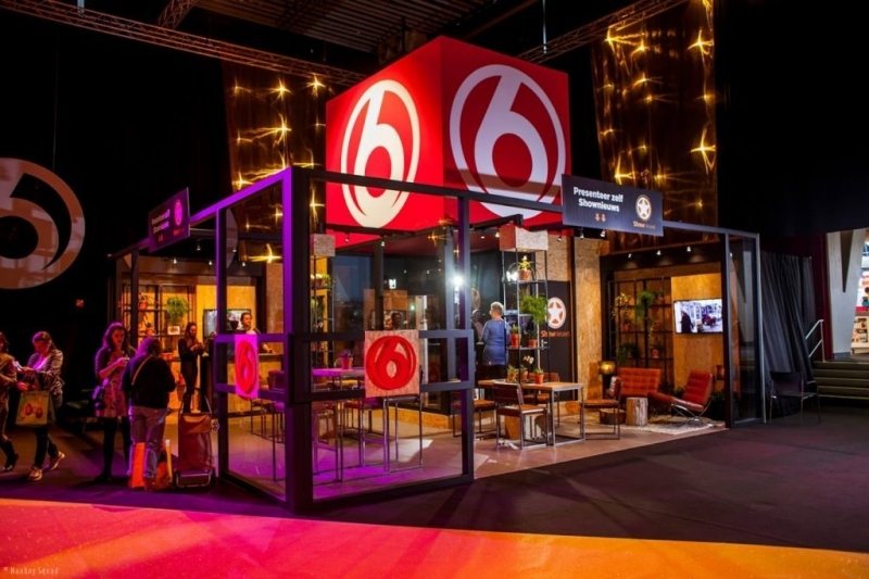 SBS 6 - shownieuws - promoteam - hostesses - huishoudbeurs