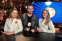 SBS6 - shownieuws - hostesses - huishoudbeurs